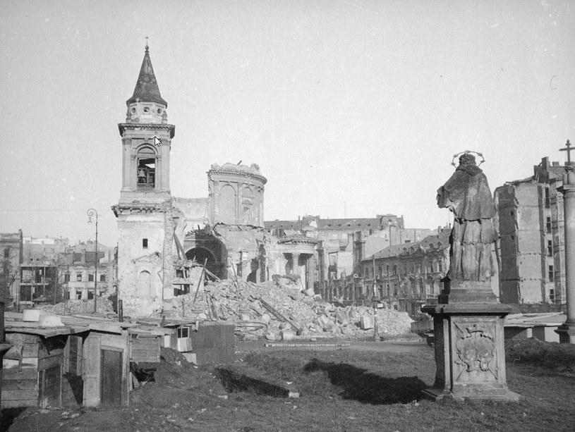 W trakcie wojny zniszczono 90 procent zabytkowej zabudowy Warszawy /Z archiwum Narodowego Archiwum Cyfrowego