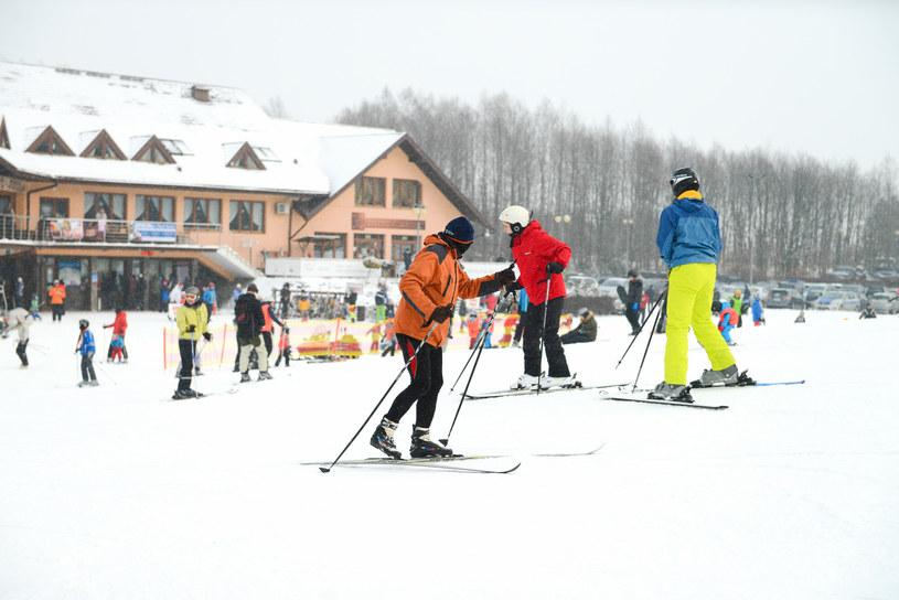 W turystyce górskiej i narciarskiej pracują setki tysięcy ludzi / Adam Staśkiewicz  /East News