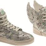 W tych butach polecisz po pieniądze!