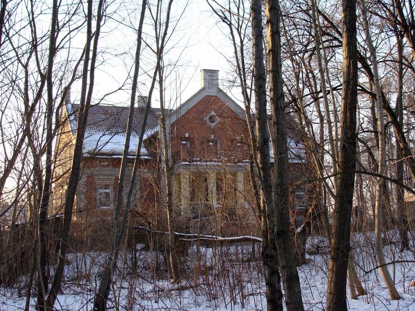 W tym budynku mieścił się Oddział B. Fot. Sebastian Ziółek /