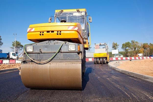 W tym roku kierowcom zostanie udostępnione blisko 500 kilometrów nowych tras /©123RF/PICSEL
