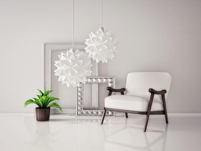 W tym roku najmodniejszym kolorem we wnętrzach jest biel /123RF/PICSEL