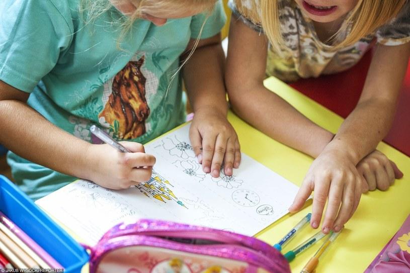 W tym roku obowiązek szkolny obejmie wszystkich 6-latków /JAKUB WYSOCKI/REPORTER /East News