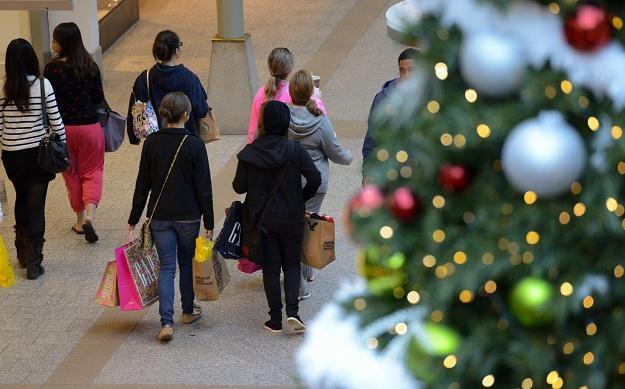 W tym roku wiele sklepów otwarło podwoje już w Święto Dziękczynienia /PAP/EPA