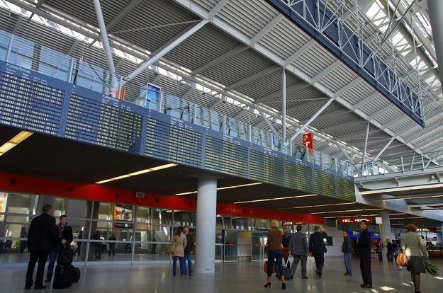 W tym roku ze spółki zarządzającej Lotniskiem Chopina w stolicy odejdzie 800 osób. Fot. Marek Bazak /Agencja SE/East News