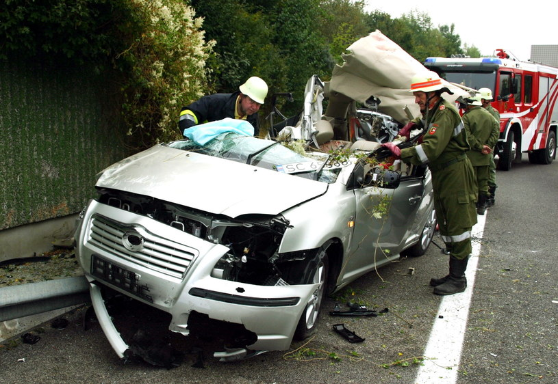 W tym samochodzie zginął Arkadiusz Gołaś /East News