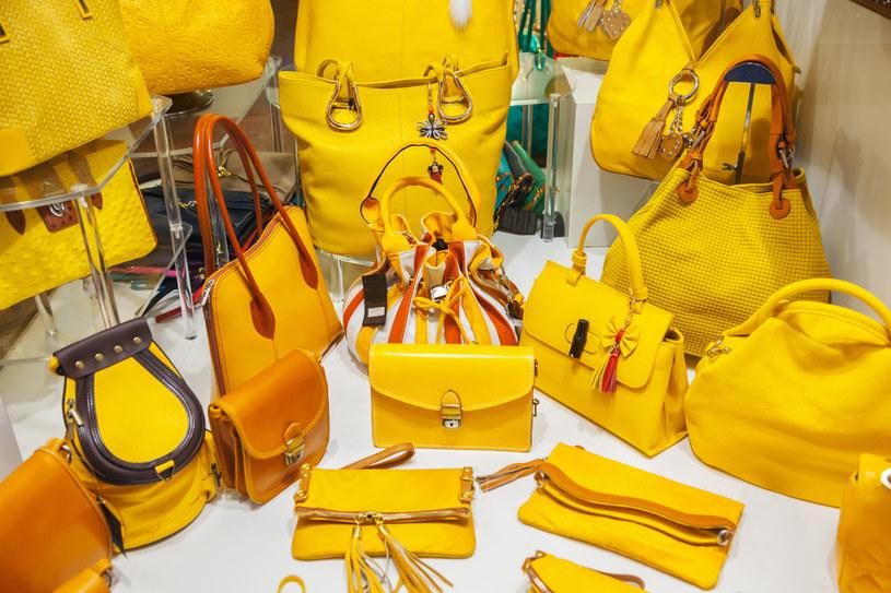 W tym sezonie będzie królować kolor żółty /123RF/PICSEL