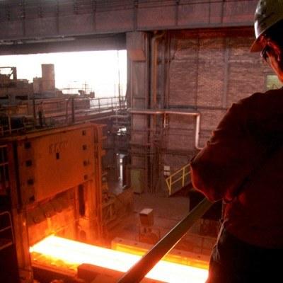 W ubiegłym roku światowa produkcja stali wyniosła 1 mld 199 mln ton /AFP