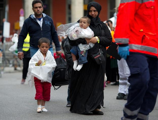 W UE rośnie presja na kraje z Europy Środkowej i Wschodniej, które odrzucały obowiązkowe kwoty rozdzielania uchodźców /ANGELIKA WARMUTH /PAP/EPA