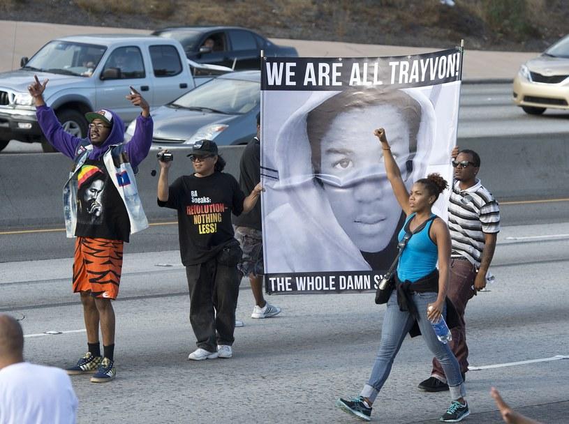 W USA ludzie wyszli na ulice, wyrażając swoje niezadowloenie z decyzji sądu /AFP