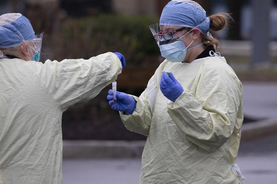 W USA masowo przeprowadzane są testy na koronawirusa /CJ GUNTHER /PAP/EPA