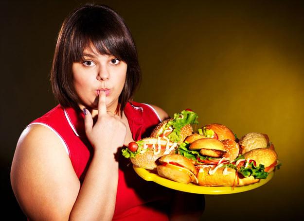 W USA nadwagę lub otyłość stwierdza się u ponad dwóch trzecich dorosłych osób /123RF/PICSEL