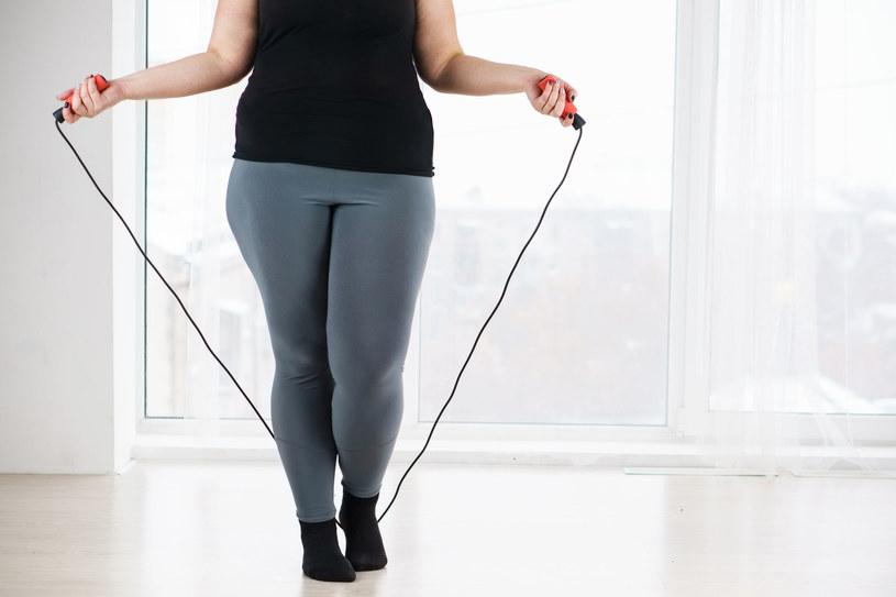 W walce z nadwagą ważna jest nie tylko dieta, ale i ruch /123RF/PICSEL