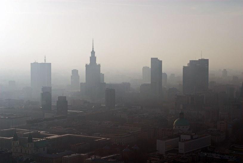 W Warszawie 4,8 proc. aktywnych zawodowo mieszkańców pozostaje bez pracy /123RF/PICSEL