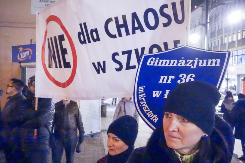 W Warszawie odbędzie się kolejny protest przeciwko zmianom w edukacji /Piotr Kamionka /Reporter