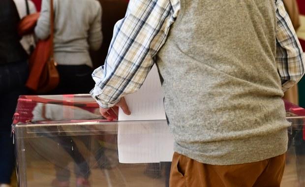 W weekend nawet kilka tys. Polaków może pójść do urn. PKW: Potrzebny stan nadzwyczajny, by przełożyć wybory