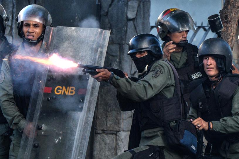 W Wenezueli cały czas dochodzi do starć /AFP