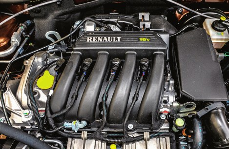 W wersjach benzynowych warto często sprawdzać stan układu chłodzenia, a w dieslach - wymieniać olej co 10 tys. km. /Motor