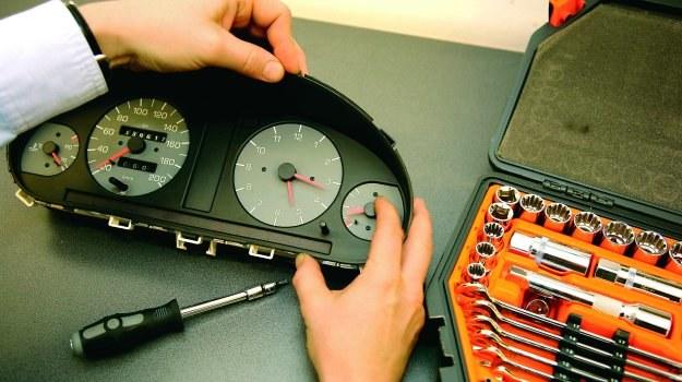 W większości modeli z wymianą zegarów nie ma najmniejszych problemów. /Motor