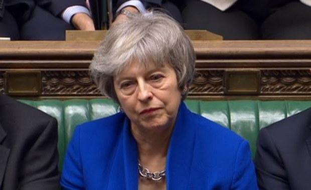 W Wielkiej Brytanii bez sensacji: Rząd Theresy May obroniony