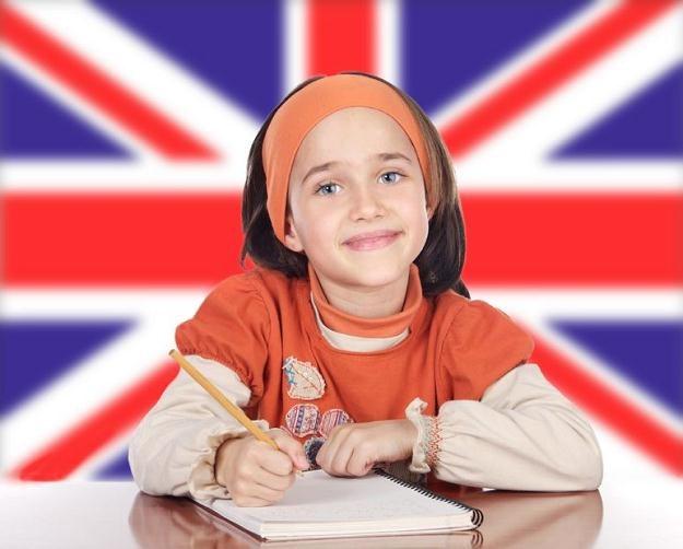 W Wielkiej Brytanii czesne w prywatnej szkole przewyższa średnie roczne zarobki /©123RF/PICSEL