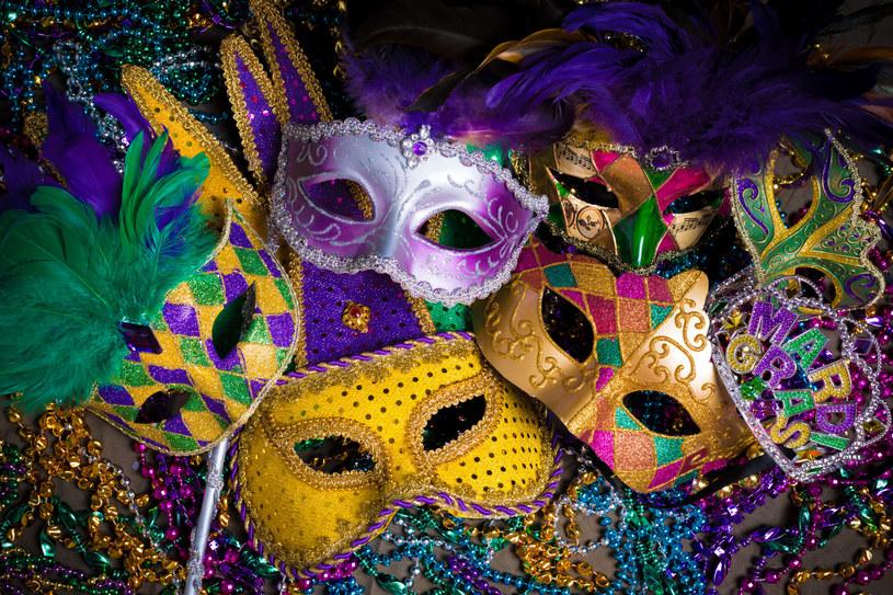 W wielu miejscach świata sylwestrowy bal to dopiero przedsmak wielkiego szaleństwa, które ma miejsce w karnawale /©123RF/PICSEL