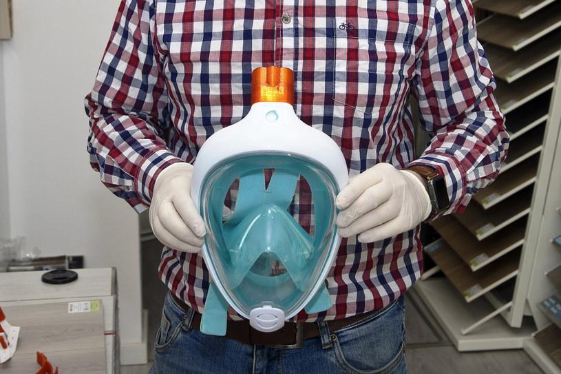W wielu miejscach w Polsce trwają prace nad ulepszonymi wersjami respiratorów /Stanislaw Bielski /East News