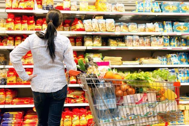 W wielu sklepach usytuowanych w galeriach handlowych sprzedaż w niedziele jest wyższa niż w dni pows /©123RF/PICSEL