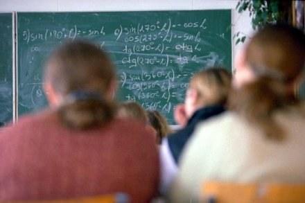 W wielu szkołach z powodu braku prądu odwołano lekcje / fot. T. Zieliński /Agencja SE/East News