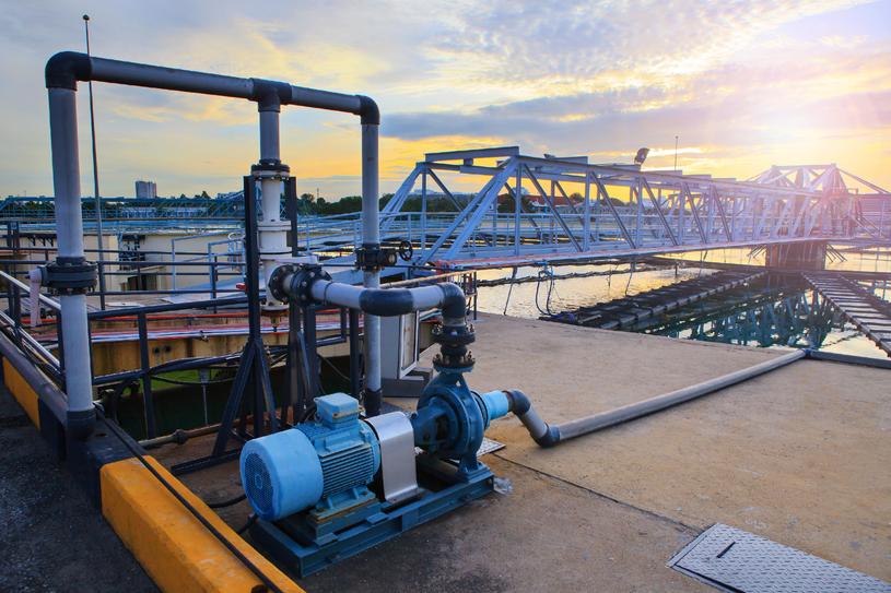 W wodociągach znajdują się ogromne ilości monotlenku diwodoru. Czy to aby bezpieczne? /123RF/PICSEL