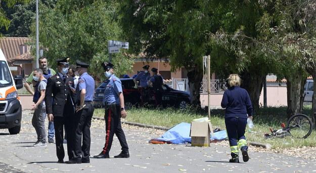 W wyniku strzelaniny pod Rzymem zginęły trzy osoby, w tym dwoje dzieci. /CLAUDIO PERI /PAP/EPA