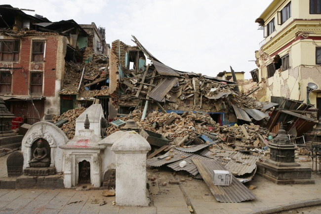 W wyniku trzęsienia zniszczonych zostało wiele zabytków /Narendra Shrestha /PAP/EPA