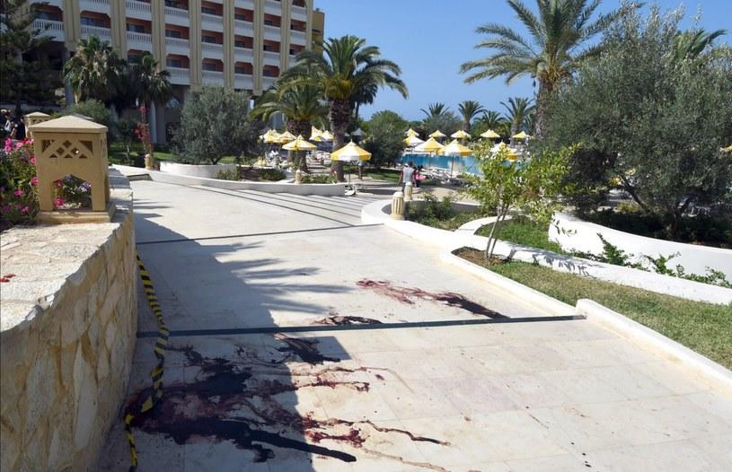W wyniku wczorajszych zamachów zginęło 67 osób /AFP