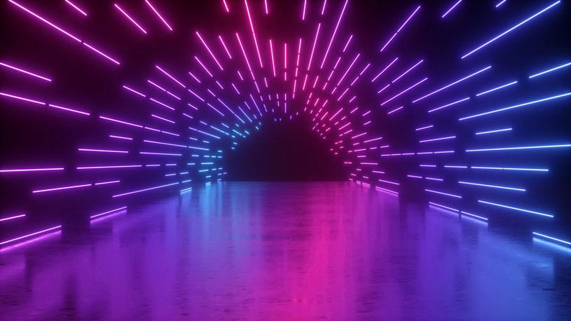 W wyniku zderzeń fotonów powstają pary elektron-pozyton /123RF/PICSEL