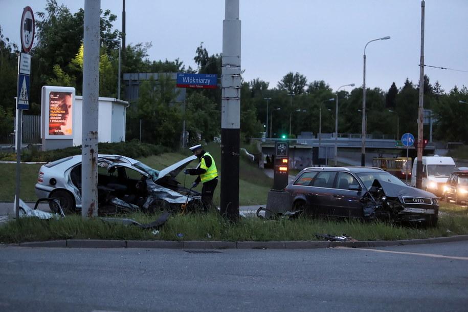 W wypadku ranne zostały cztery osoby jadące fiatem /Roman Zawistowski /PAP