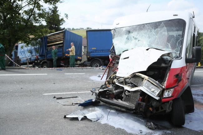 W wypadku rannych zostało 16 osób. /Stanisław Rozpędzik /PAP