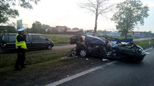 W wypadku śmierć poniosły dwie osoby /Policja