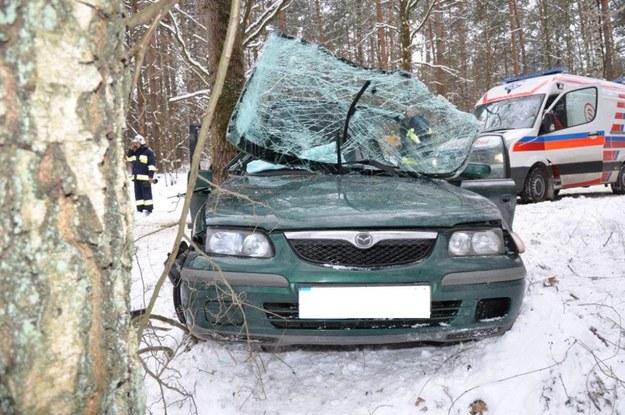 W wypadku ucierpiał 13-letni pasażer mazdy /KWP Olsztyn