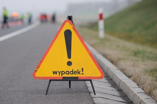 W wypadku ucierpiała ciężarna kobieta /Marcin Bielecki /PAP