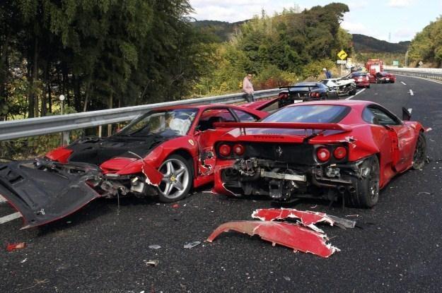 W wypadku uczestniczyło osiem aut ferrari /AFP