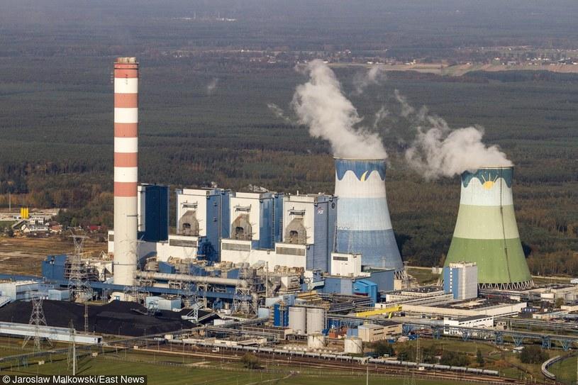 W wypadku w Elektrowni Opole maszyna przygniotła dwóch pracowników /JAREK MALKOWSKI /East News