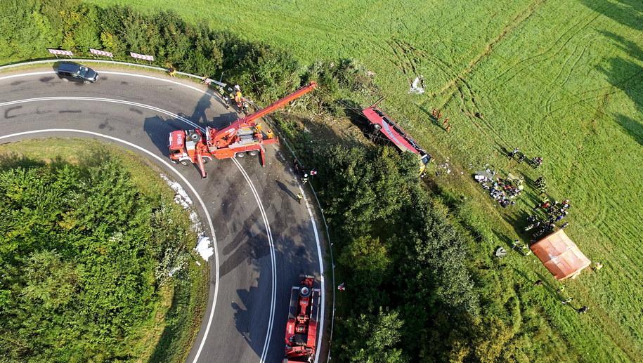 W wypadku zginęły trzy osoby /Darek Delmanowicz /PAP