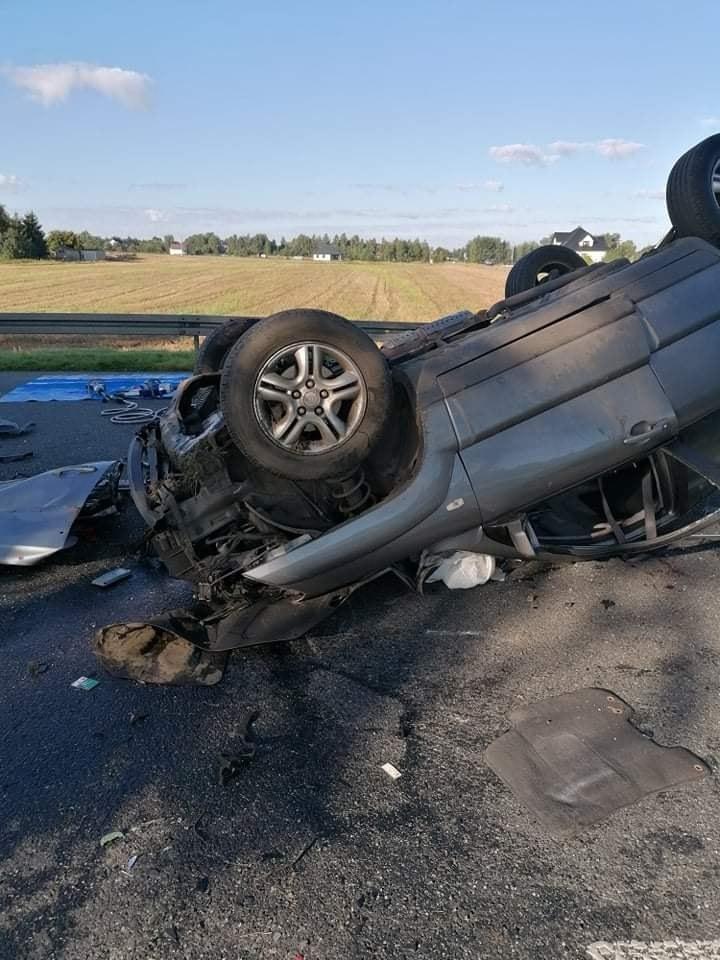 W wypadku zginęły trzy osoby /foto: OSP Firlej/Facebook /
