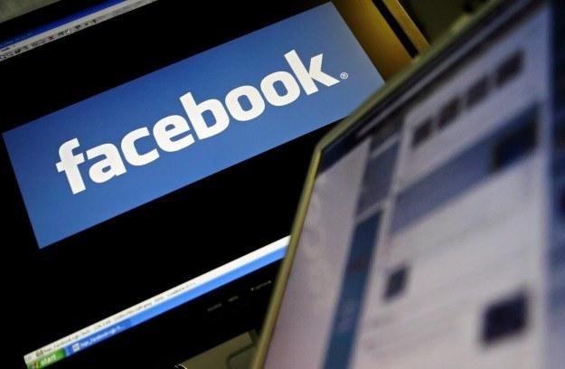 W zabezpieczeniach Facebooka znaleziono kolejną lukę /AFP