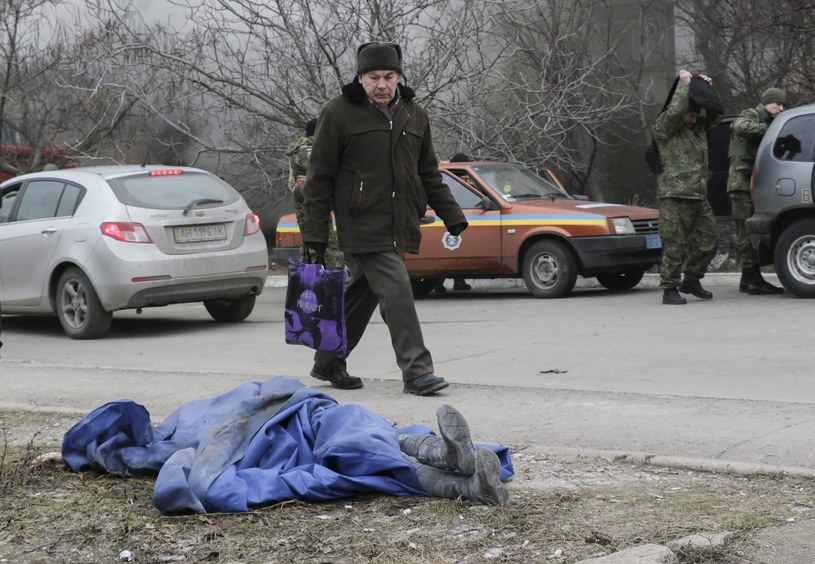 W zamachu na Mariupol zginęło 30 osób, a 100 zostało rannych /AFP