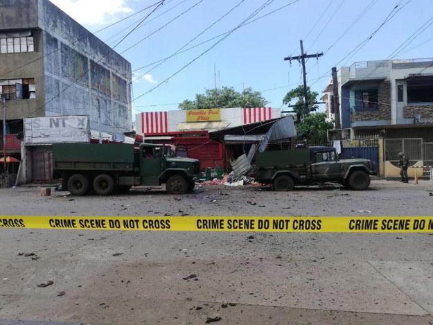W zamachu zginęło co najmniej 14 osób /AFP-WMC / HANDOUT /PAP/EPA