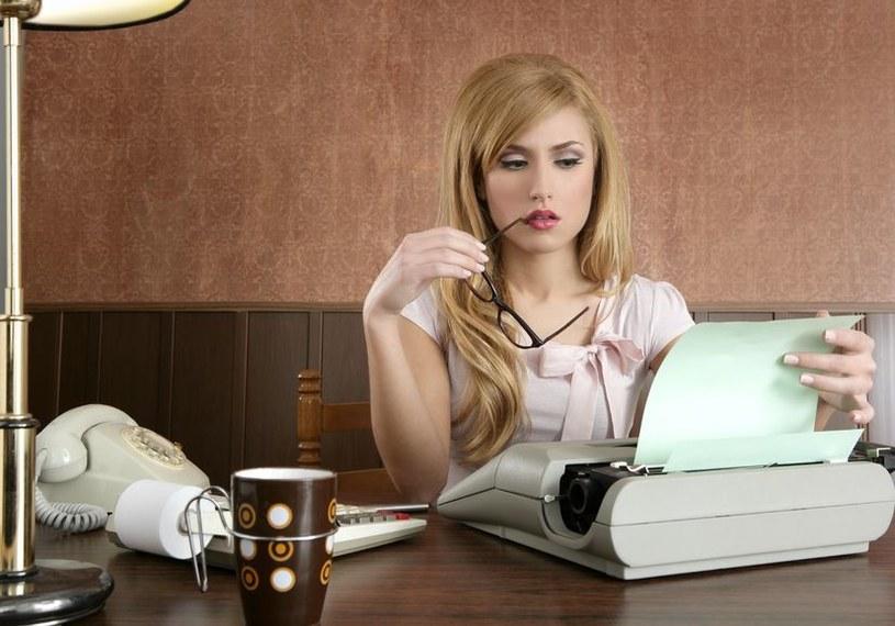 W zawodzie asystenta czy sekretarki bardziej niż konkretne umiejętności liczą się kompetencje miękkie /123RF/PICSEL