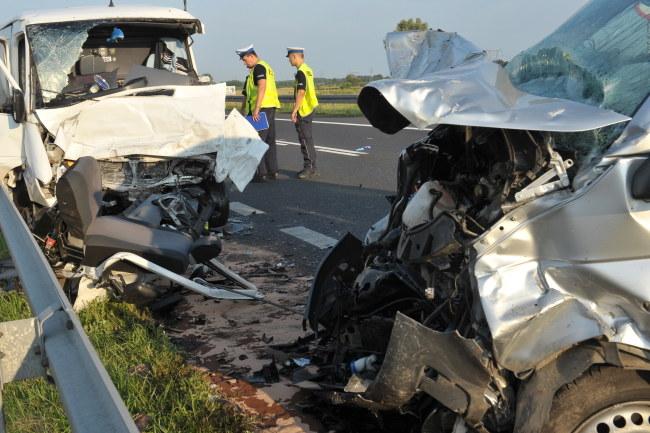 W zderzeniu rannych zostało 7 osób /Marcin Bielecki /PAP