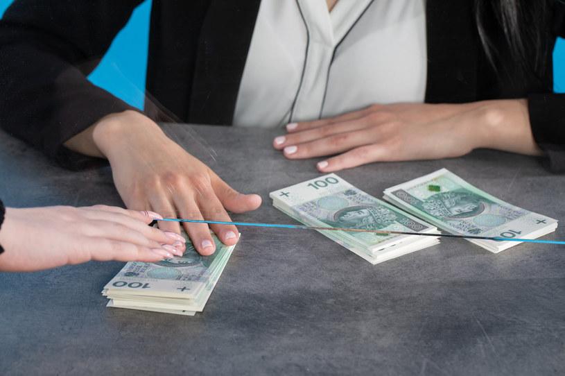 W zeznaniach składanych za 2021 r. zmianę odczują portfele Polaków uzyskujących dochody m.in. w Wielkiej Brytanii, Irlandii, Finlandii, Izraelu, na Słowacji, w Nowej Zelandii, Belgii, Norwegii, Portugalii i Singapurze /©123RF/PICSEL