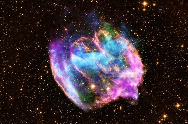 W49B to najmłodsza czarna dziura zaobserowana przez astronomów /NASA